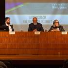 Da esquerda para a direita, o Conferencista Ronaldo Lemos, o Acadêmico Domício Proença Filho e a Acadêmica Rosiska Darcy de Oliveira